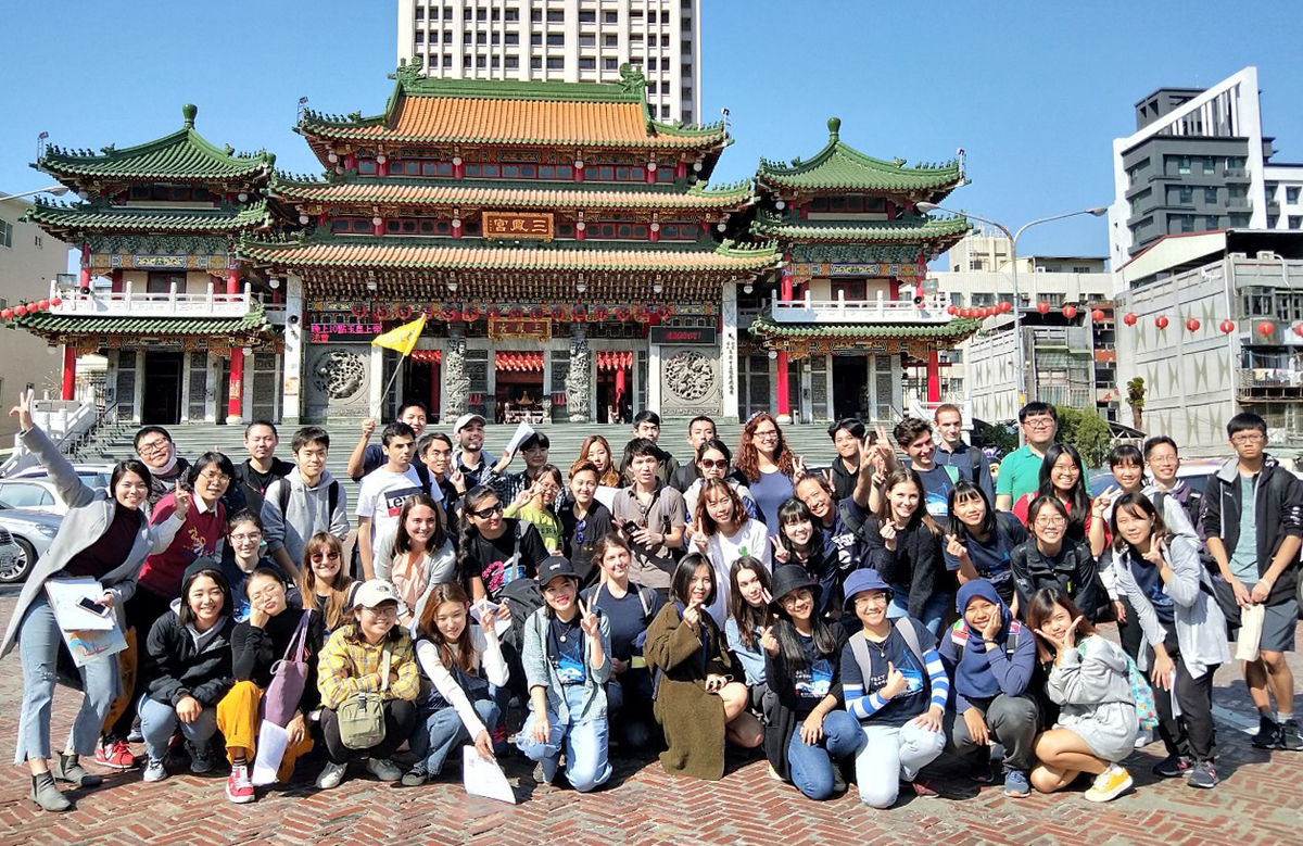 Chinese Language Center introduces international students to Spring Festival activities