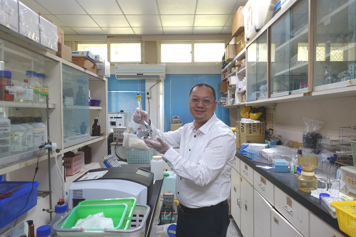Laboratory of Assistant Professor Hon-Kit Lui of the Department of Oceanography at National Sun Yat-sen University